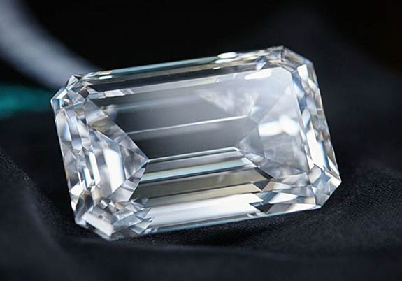 163 Carat D Flawless Diamond Is The Largest Ever To Appear
