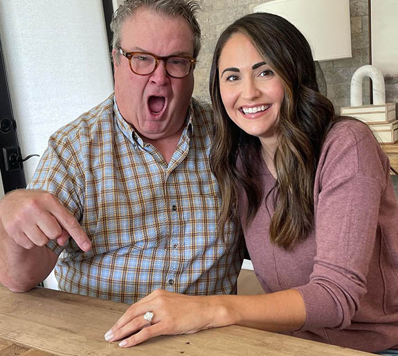 Online Shop Trend Now eric1 'Modern Family' Star Eric Stonestreet Pops the Question with Oval-Cut Diamond Ring