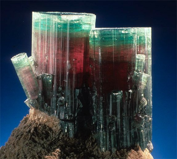 Online Shop Trend Now steamboat1 Smithsonian's 'Steamboat' Tourmaline Is an Amazing Example of October's Birthstone
