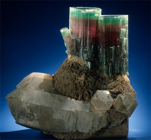 Online Shop Trend Now steamboat2 Smithsonian's 'Steamboat' Tourmaline Is an Amazing Example of October's Birthstone